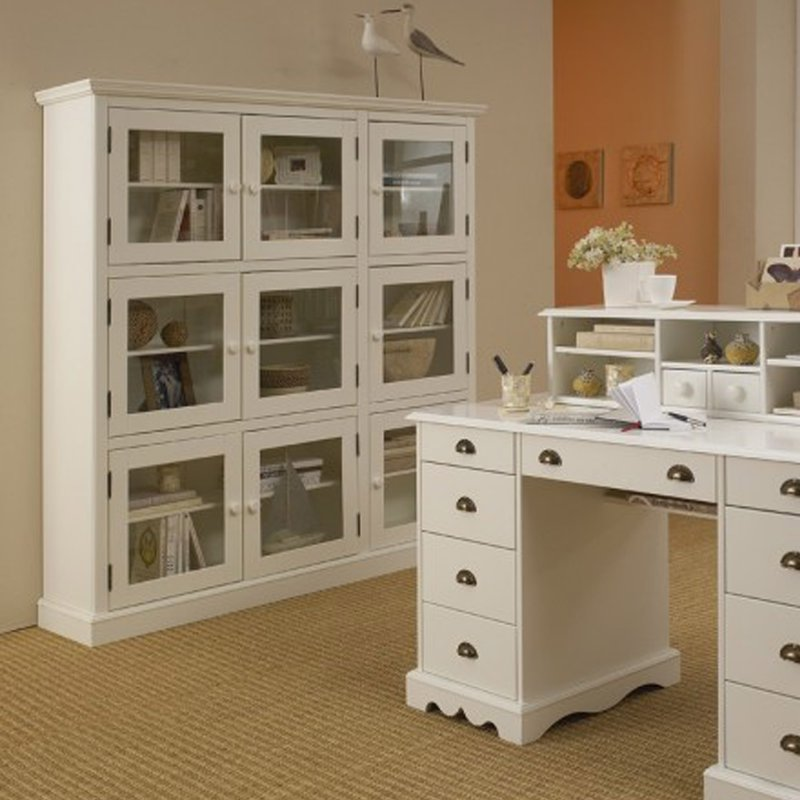 biblioth que blanche 9 portes vitr es de style anglais maison et styles. Black Bedroom Furniture Sets. Home Design Ideas
