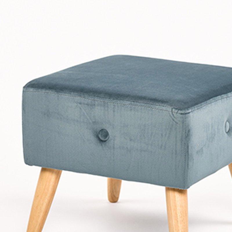 pouf en velour bleu 40x36cm isis maison et styles. Black Bedroom Furniture Sets. Home Design Ideas