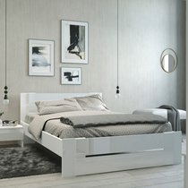 Lit 140x190cm coloris blanc brillant - SOFI